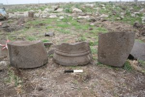 Pillar remains, courtesy of Mechael Osband. © <i> synagogues.kinneret.ac.il </i>
