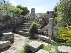 The Western entrance looking west, Gilead Peli all rights reserved © <i> synagogues.kinneret.ac.il </i>
