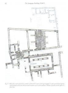 תוכנית בית הכנסת והמבנים הסמוכים. Meyers and Meyers 2009: 62. באדיבות אריק מאיירס. © <i> synagogues.kinneret.ac.il </i>